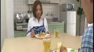 【xvideos】淫乱な巨乳人妻の顔射痴漢オナニーレズレイプ無料H動画!【人妻動画】