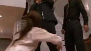 【xvideos】美人な巨乳人妻のレイプ無料絶対エロ動画!【人妻動画】