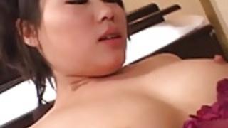巨乳藤子は、ハードなセックスを楽しんで