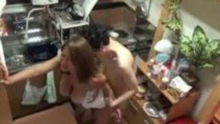 【人妻ナンパ】淫らスケベでHな巨乳の人妻の、隠し撮り不倫セックスプレイエロ動画。