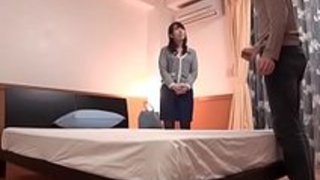 【波多野結衣】美人デリヘル嬢を撮影しながらたっぷりねっとりベロチュー!